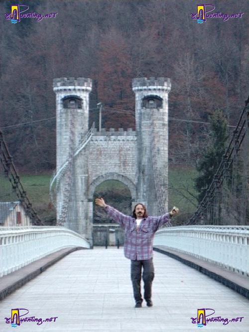 Gerttz en el puente Charles-Albert